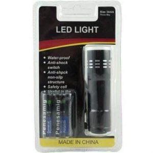 9 LED svetilka + 3 AAA baterije