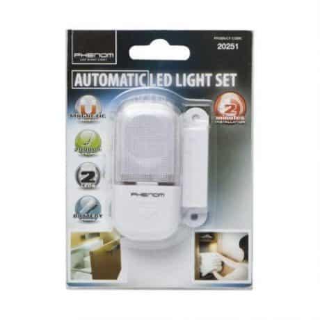 LED svetilka z magnetnim senzorjem za predale in omare