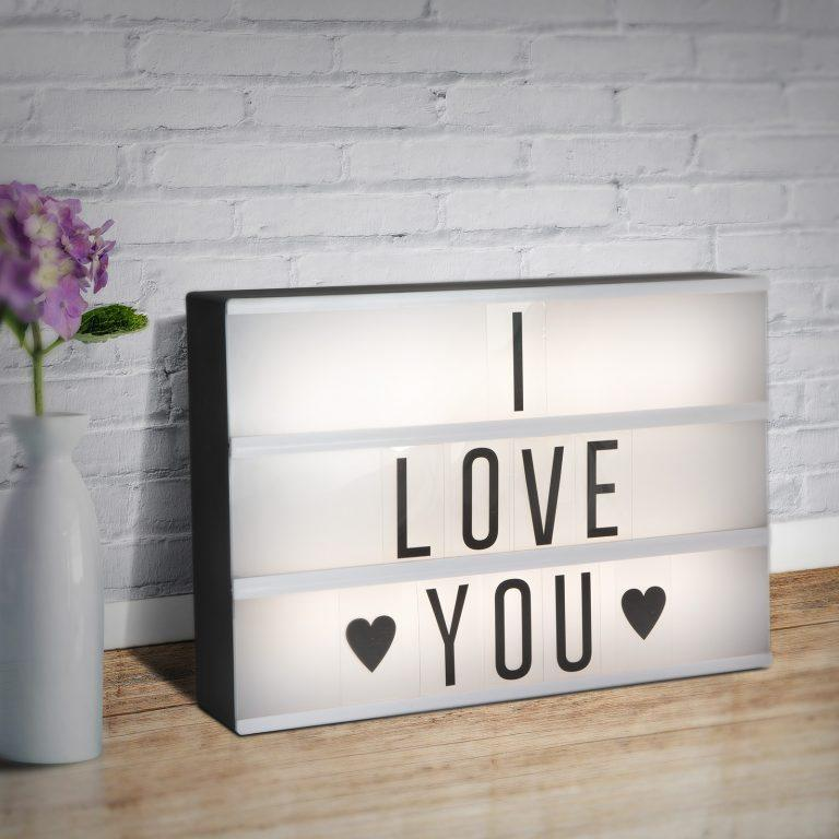 LED tabla s črkami