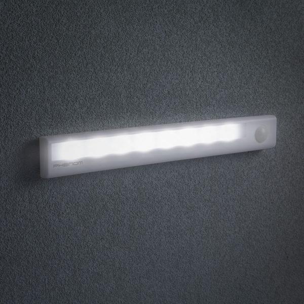 Baterijska svetilka s senzorjem gibanja