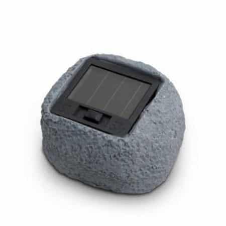 Solarna LED svetilka v obliki kamna