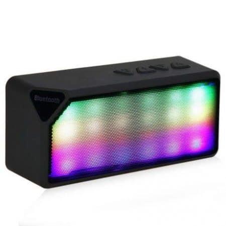 Mini bluetooth zvočnik z LED diodami MEGABASS SD / MP3 / FM več barv