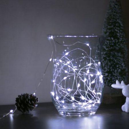 Božično - novoletne micro LED lučke baterije 50 LED hladno bele 5m 3 x AA