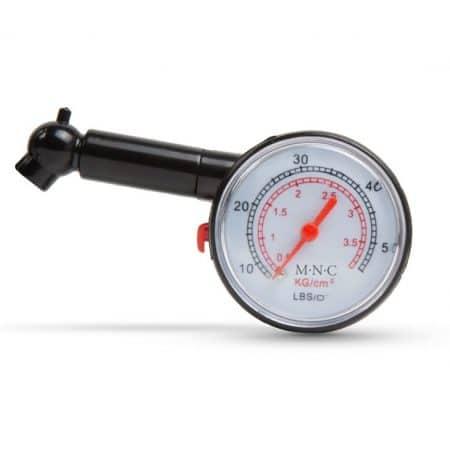 Analogni merilnik tlaka v pnevmatikah