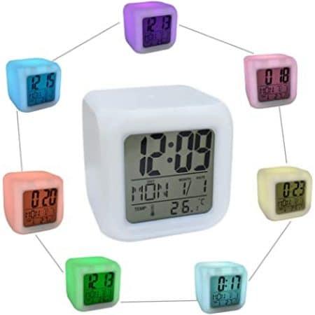 RGB LCD budilka kameleon s termometrom na baterije