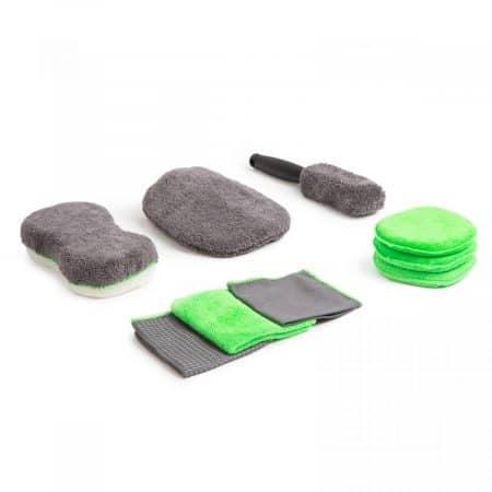 Set za čiščenje vozila s krpami iz mikrovlaken + gobe za avto 9 delni